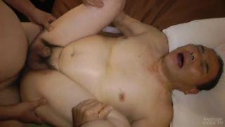 【無料熟年ゲイ動画】熟年親父二人、ホテルで淫乱交尾!