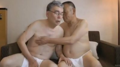 【熟年動画】熟年褌親父同士の濃厚交尾!