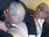 【熟年ゲイ動画】上品な熟年サラリーマン同士のチンポをしゃぶり合う!